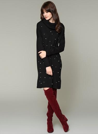 Loves You İnci Detaylı Boğazlı Elbise Siyah